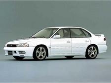 スバルレガシィセダンの新車見積もり。
